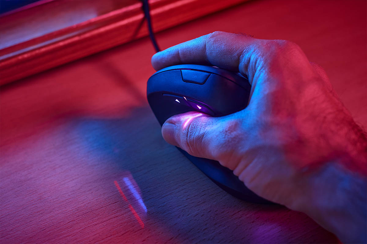 How to Use Vertical Mouse Properly?
