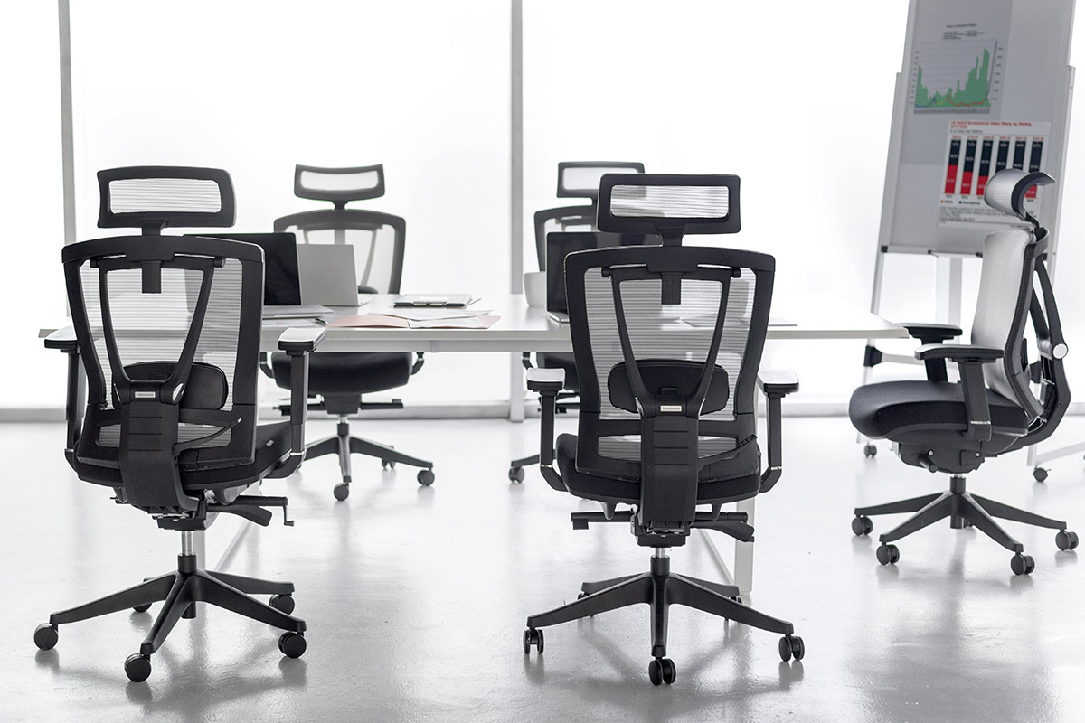 A Short Guide to Buying Office Chair Bulk: What to Consider?